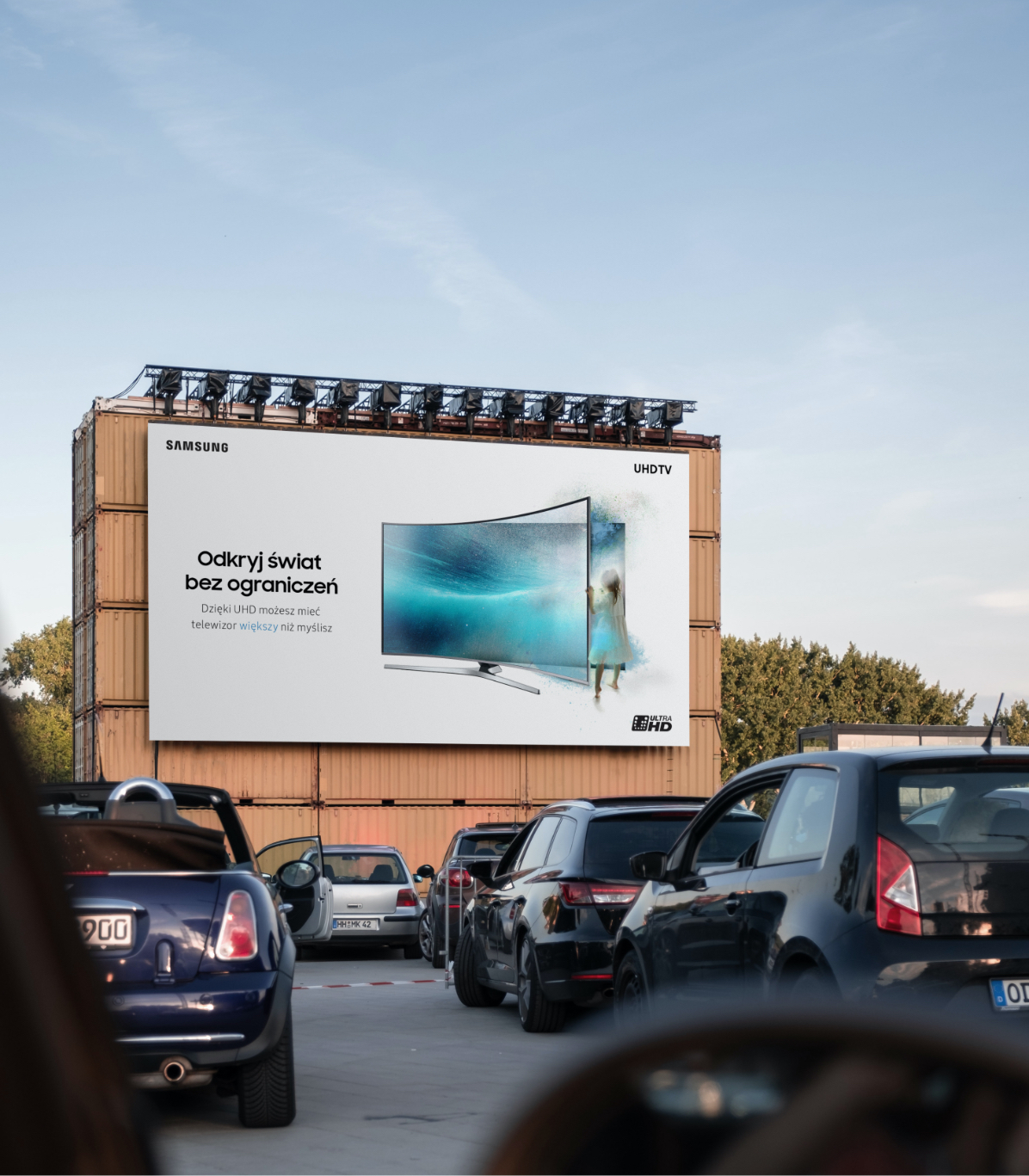 Big-Billboard-PSD-Mockup